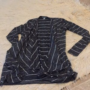 American Eagle Outfitters size small cardigan